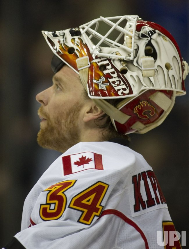 Flames Goalie Kiprusoff Pauses in Denver