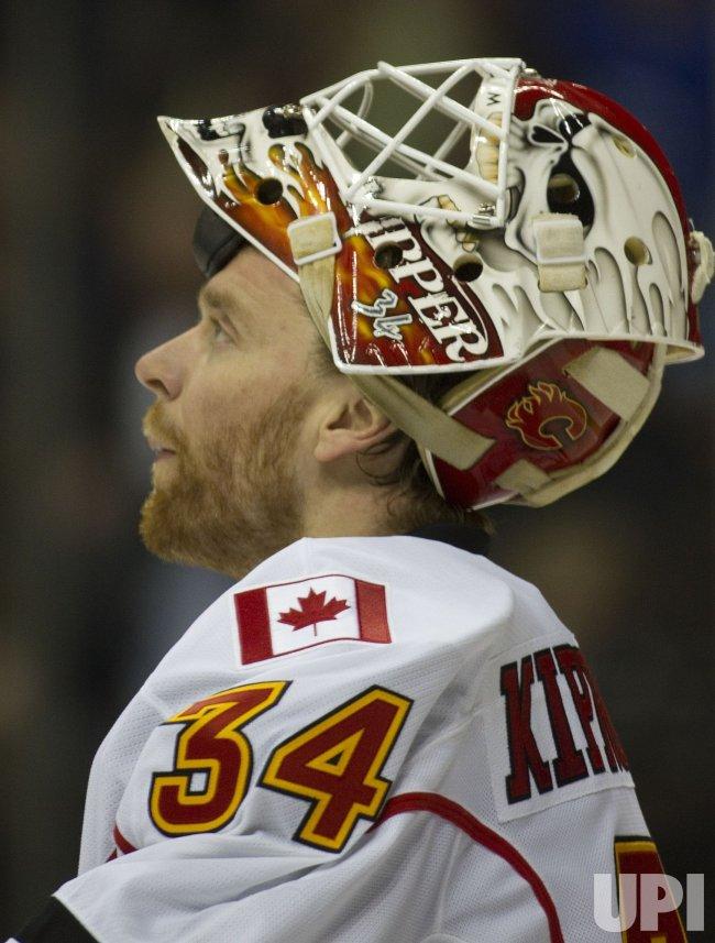 Flames Goalie Kiprusoff Pauses in Denver