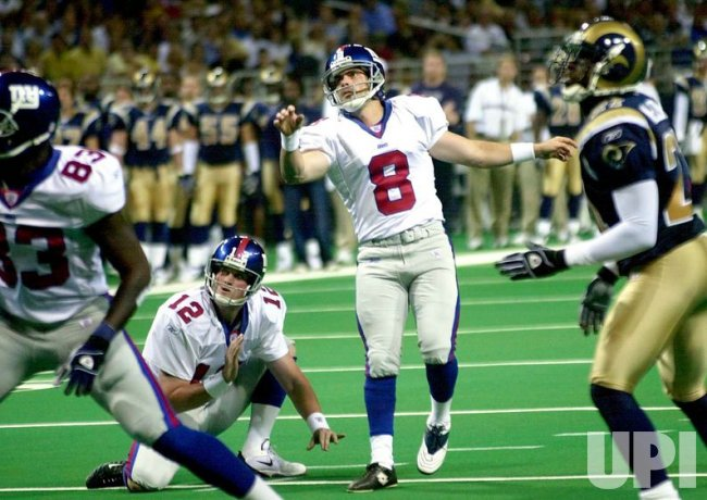 New York Giants vs St. Louis Rams football