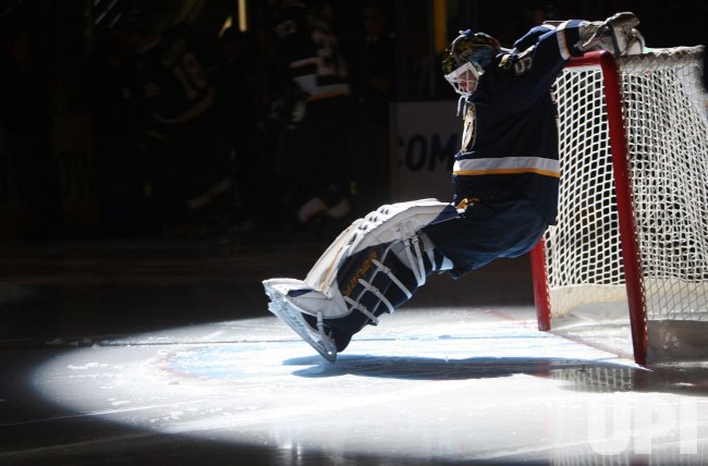 St. Louis Blues goaltender Chris Mason
