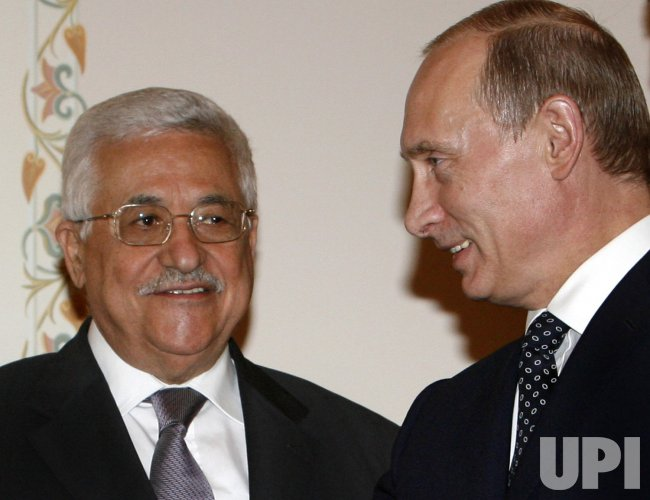 Russian President Putin and Palestinian President Mahmoud Abbas meeet in Moscow