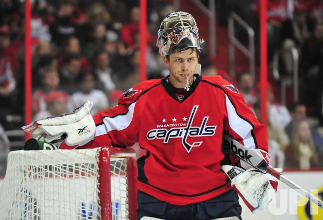 Capitals' goalie Semyon Varlamov in the goal in Washington