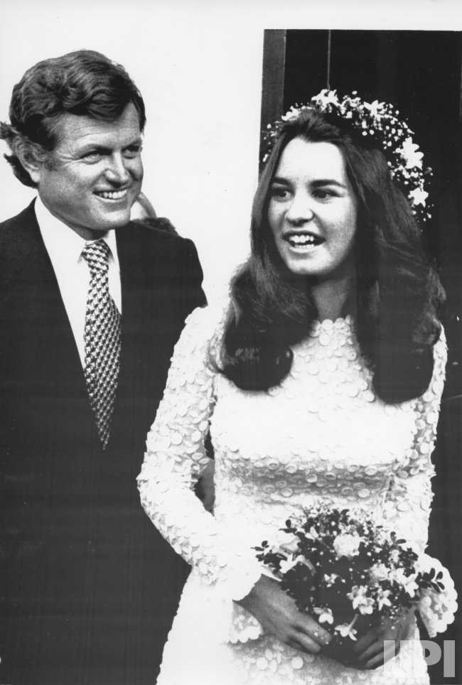 Sen. Edward M. Kennedy escorts Kathleen Kennedy to be married to David Lee Townsend