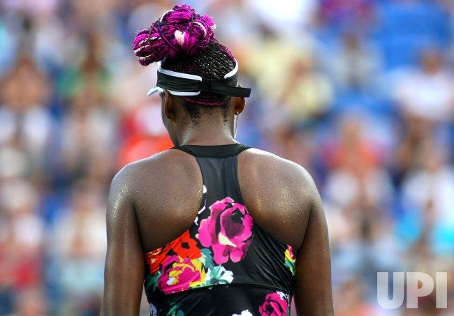 Venus Williams vs Jie Zheng at the U.S. Open in New York