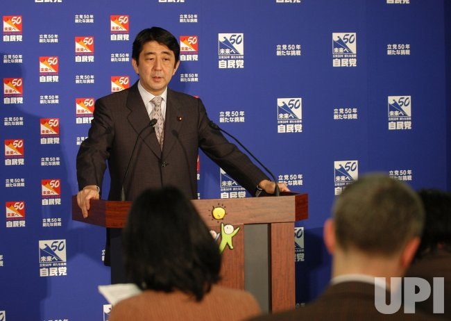 SHINZO ABE MEETS THE PRESS