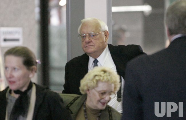 FORMER ILLINOIS GOVERNOR GEORGE RYAN FACES FEDERAL CORRUPTION CHARGES