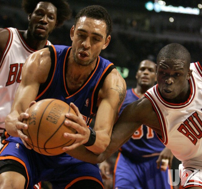 NEW YORK KNICKS VS CHICAGO BULLS