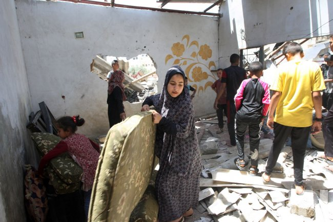 The Israeli Air Strikes on Gaza Continue