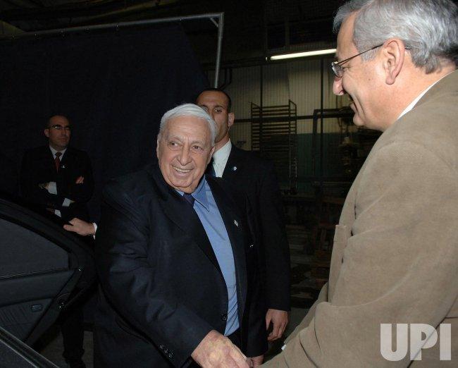 ISRAELI PRIME MINISTER ARIEL SHARON LEAVES HADASSAH HOSPITAL IN JERUSALEM