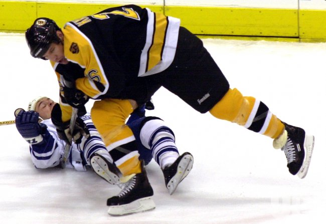 Toronto Maple Leafs vs Boston Bruins NHL game