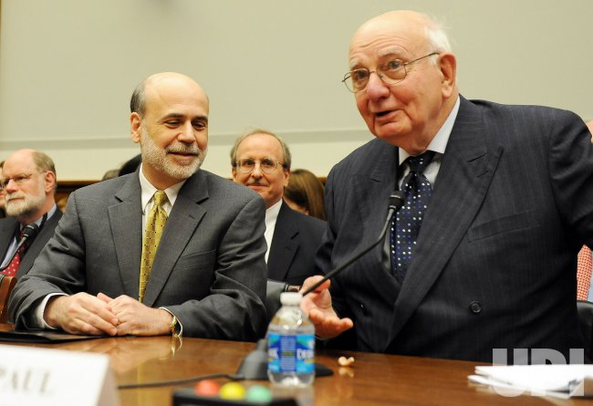 Bernanke, Volcker testify on banking regulation on Capitol Hill