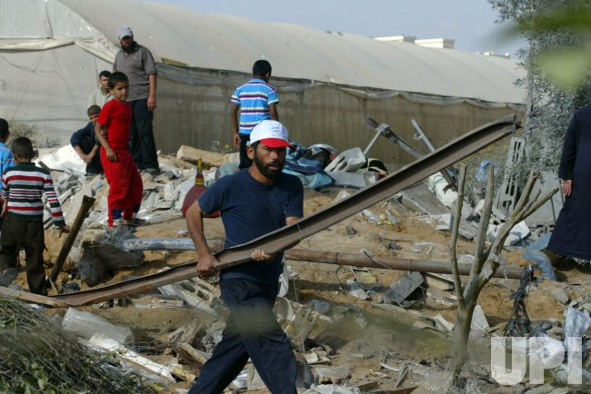 An Israeli Air Strikes in Gaza