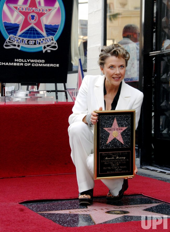 ACRESS ANNETTE BENING RECEIVES STAR ON HOLLYWOOD WALK OF FAME