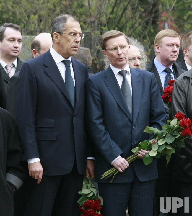 BORIS YELTSIN DEAD AT 76 IN MOSCOW