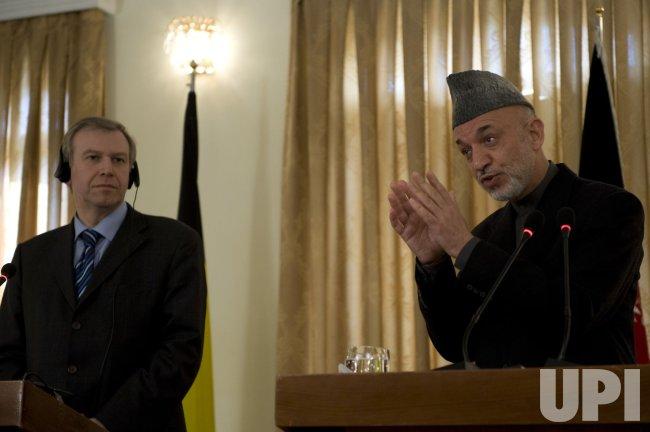 Belgium PM visits Karzai in Kabul