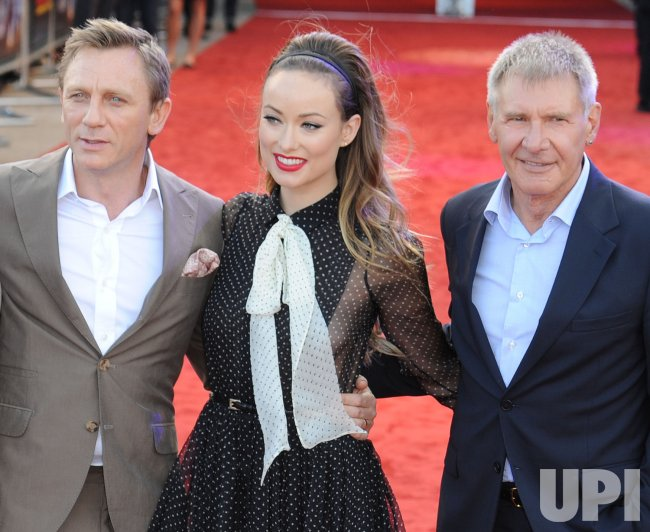 "Daniel Craig, Olivia Wilde and Harrison Ford attend ""Cowboys and Aliens"" premiere in London"