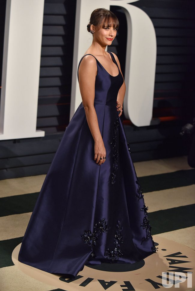 Rashida Jones arrives for the Vanity Fair Oscar Party in Beverly Hills