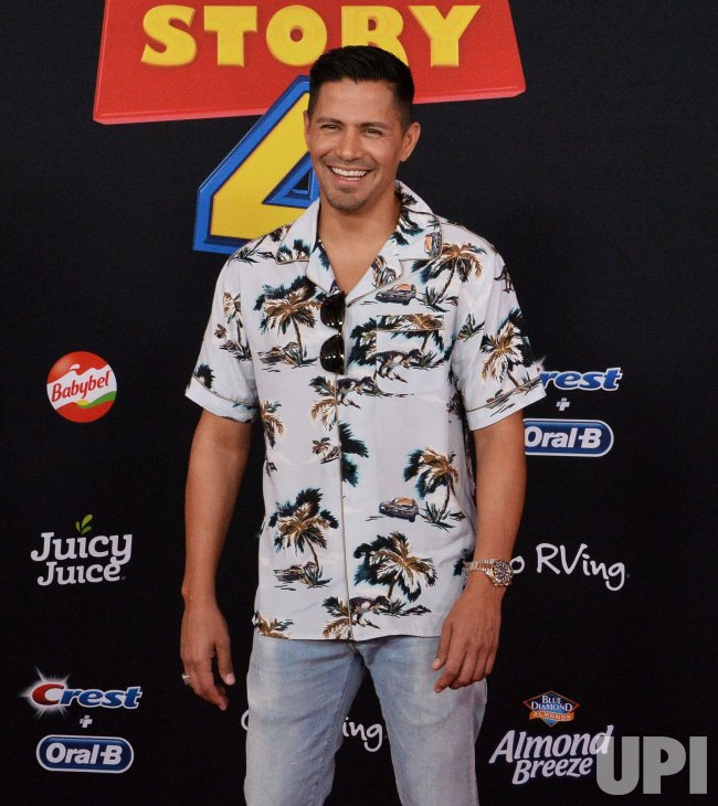 8d223c83 Jay Hernandez attends the