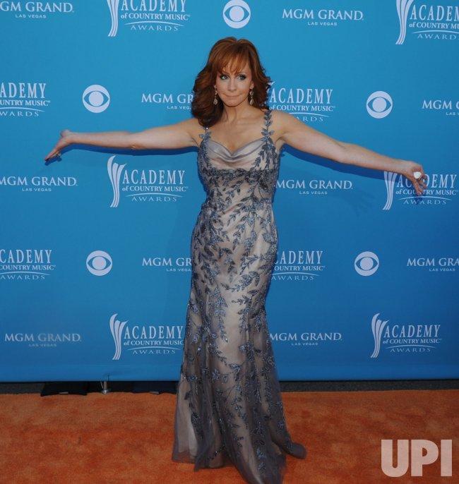 Reba McEntire arrives at the ACM Awards in Las Vegas