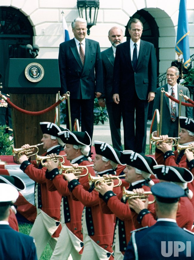 Boris Yeltsin is welcomed by President Bush at the White House