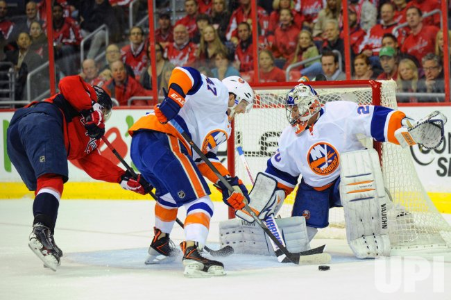 Washington Capitals vs New York Islanders in Washington