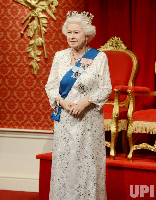 Her Majesty The Queen Waxwork in London