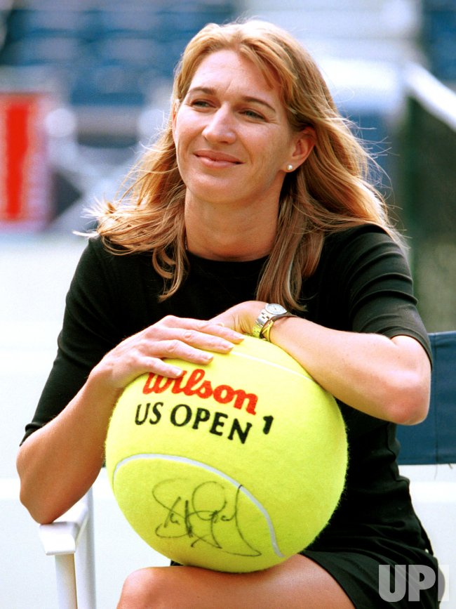 Steffi Graf retires from WTA tour