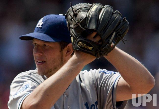 Dodgers Kershaw Earns Fifth Win in Denver