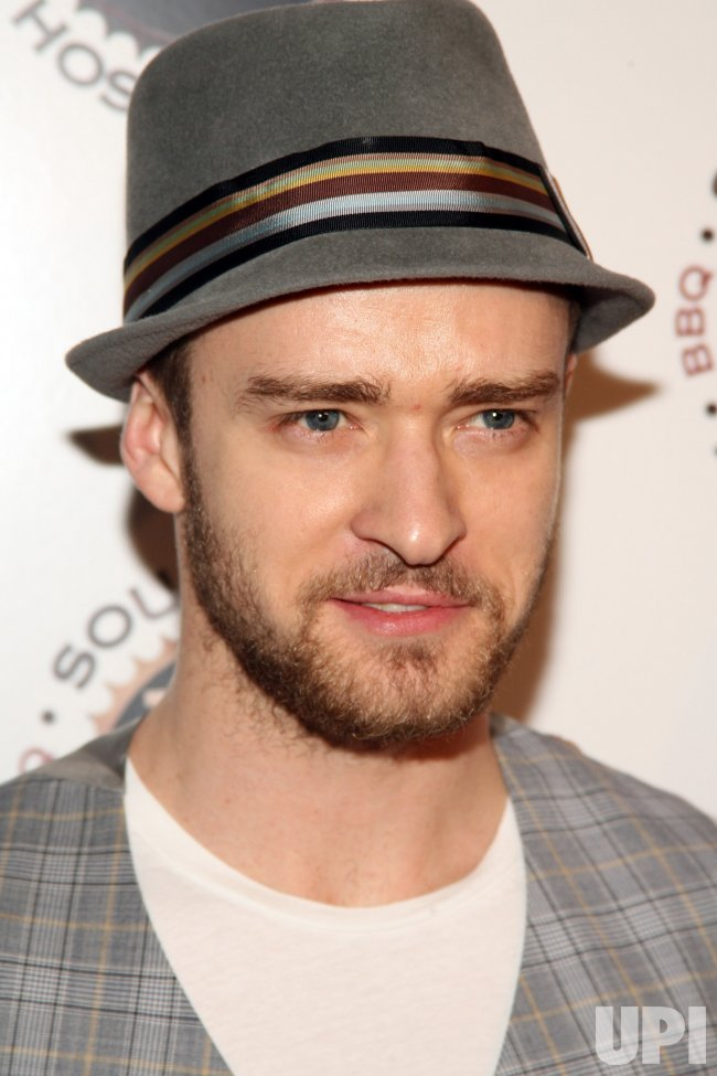 JUSTIN TIMBERLAKE OPENS NEW HOME STYLE BARBEQUE