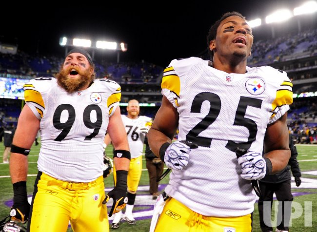 official photos 98e91 6760e Steelers' and Ryan Clark and Brett Keisel celebrates in ...