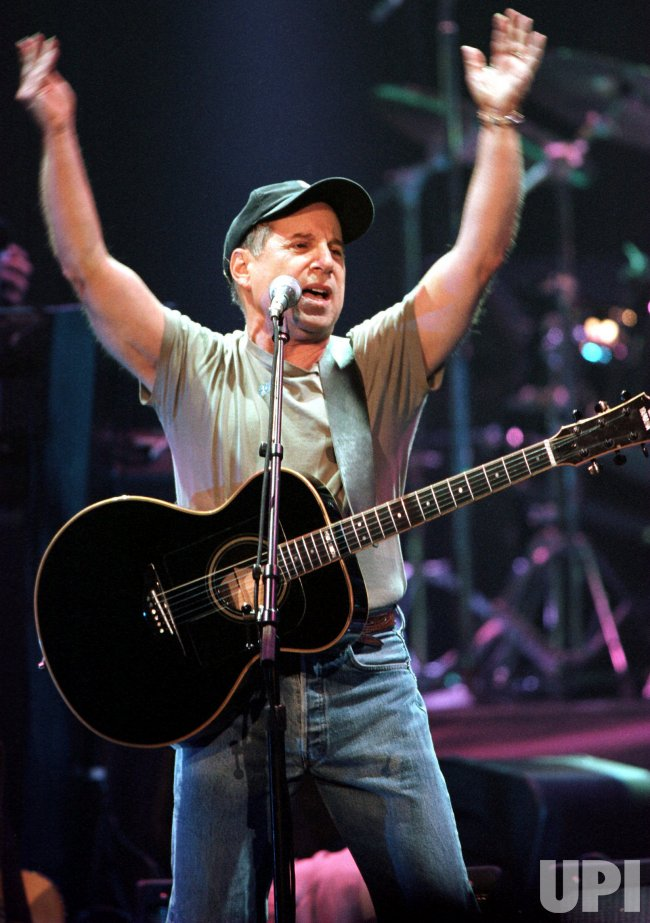 Paul Simon on tour with Bob Dylan visit Vancouver