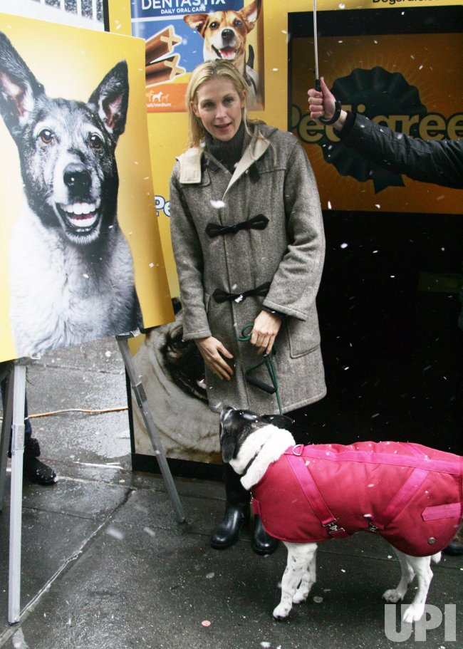 "Kelly Rutherford launches the Pedigree Dentastix ""Denture Your Dog"" Contest in New York"