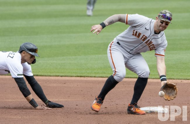 Pittsburgh Pirates Erik Gonzalez Dives Back to Second Base