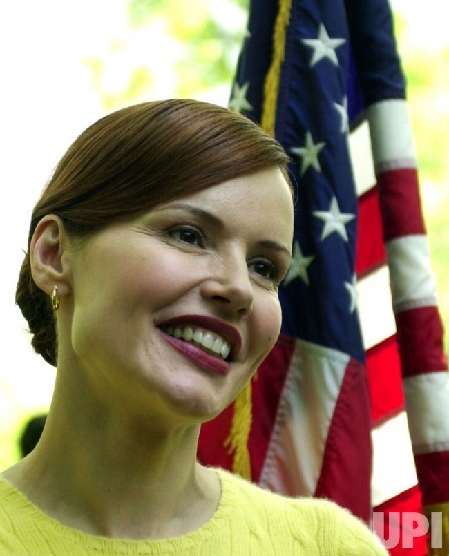 geena davis stuart little - photo #13