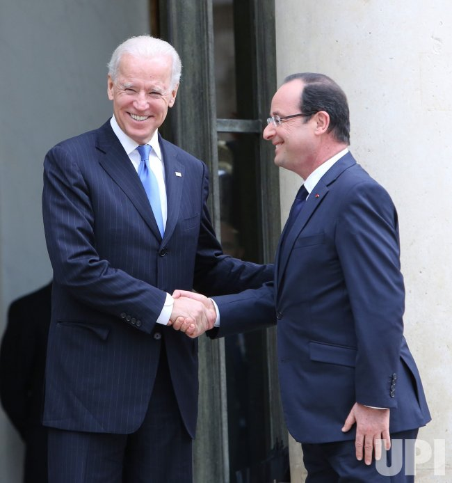 U.S. Vice President Biden in Paris to meet with French President Hollande