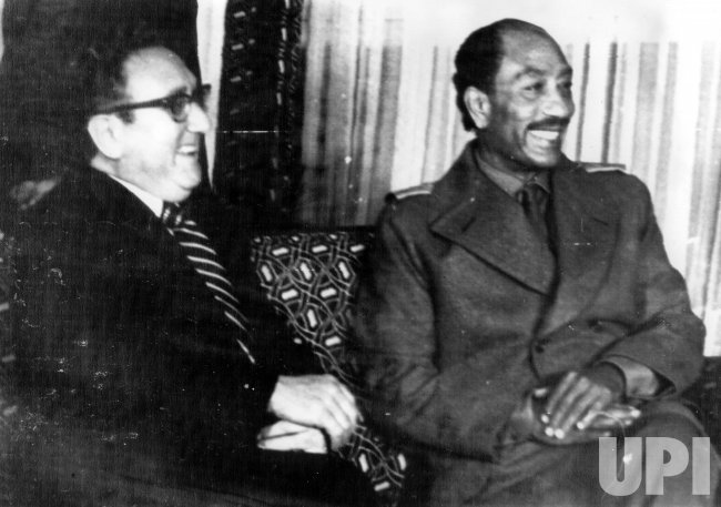 HENRY KISSINGER MEETING WITH ANWAR SADAT