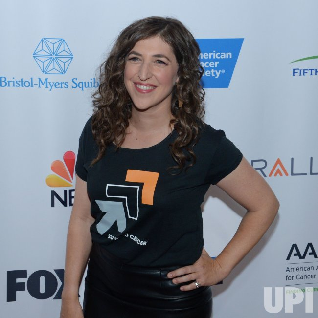 Mayim Bialik attends Stand Up To Cancer benefit in Los Angeles