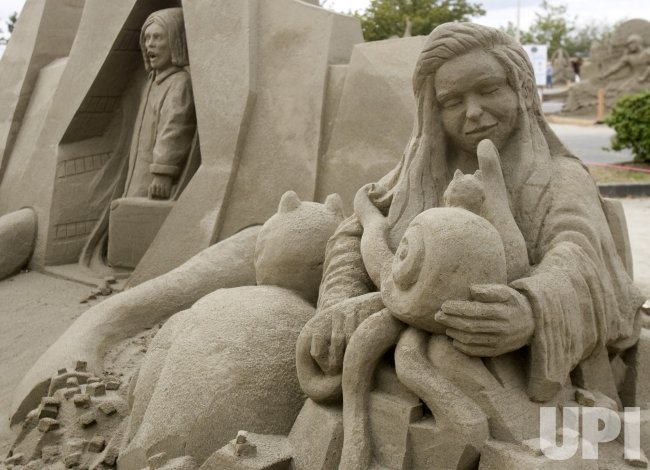 """""""the Alpine Sculptors"""" created by a team from Switzerland, is on display at the World Champion Sand Sculpture Championships held in Federal Way, Washington"""