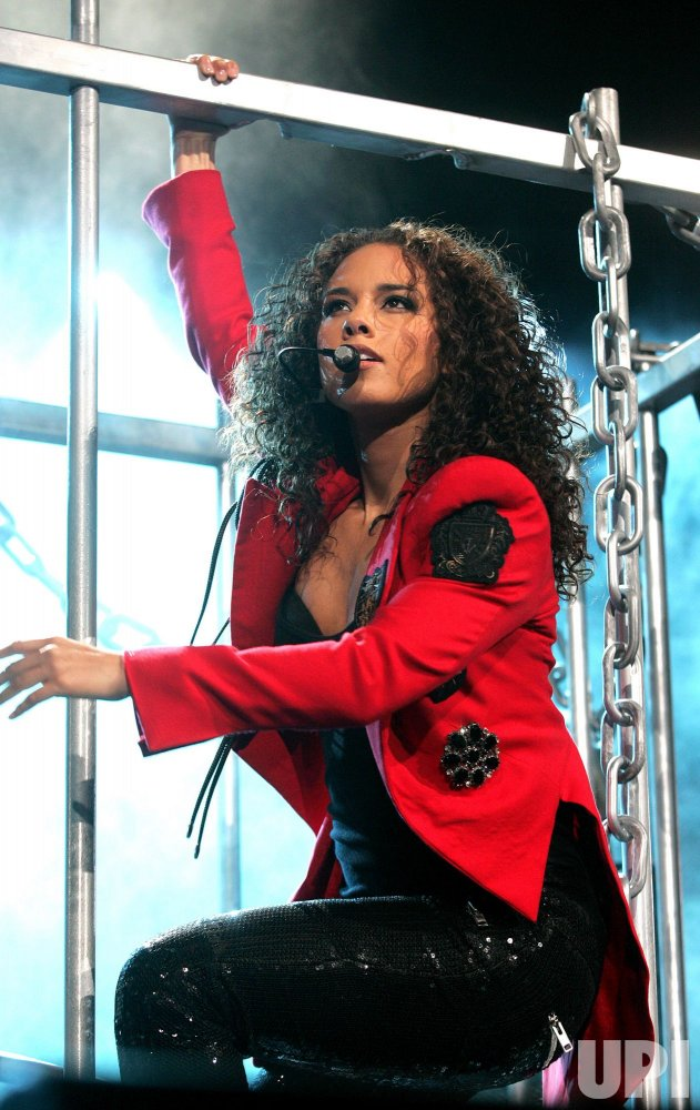 Alicia Keys performs in concert in Miami