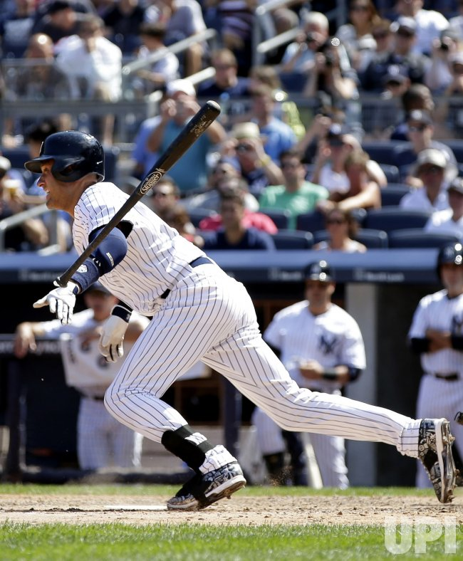Derek Jeter passes Honus Wagner on career hit list