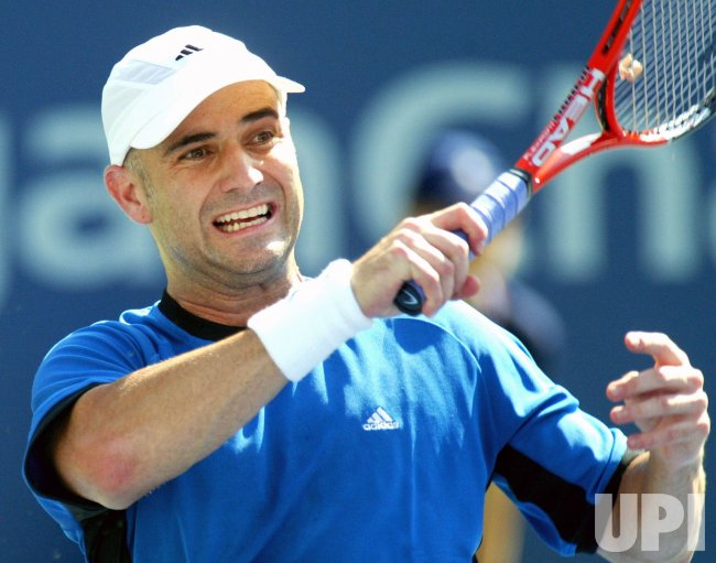 AGASSI VS KARLOVIC AT US OPEN