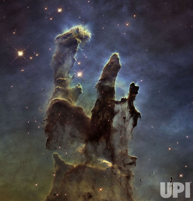 Top 10 Images Celebrating the Hubble Space Telescope's 30th Anniversary