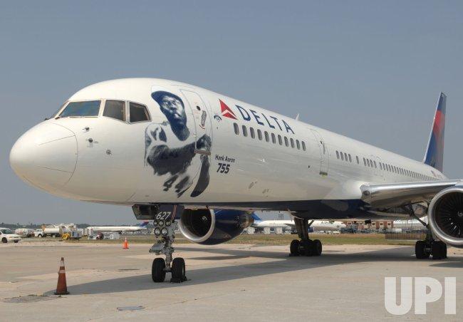 DELTA AIR LINES HONORS HANK AARON'S 755 HOME RUNS WITH SIGNATURE AIRCRAFT