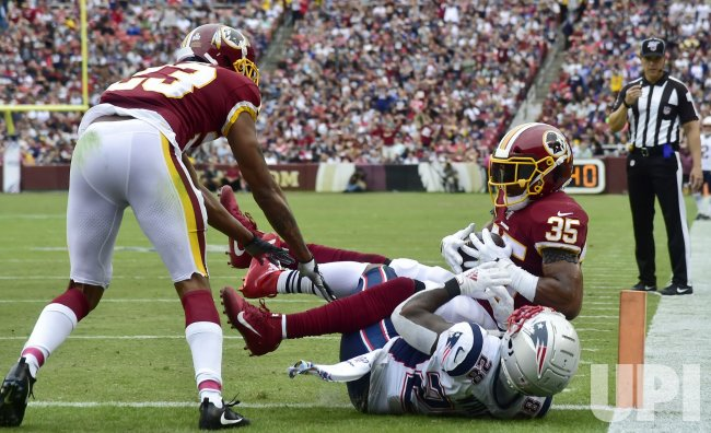 Redskins' Montae Nicholson intercepts pass from Patriots