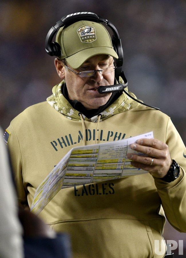 Eagles head coach Doug Pederson calls a play