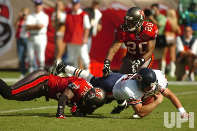 CHICAGO BEARS V. TAMPA BAY BUCCANEERS
