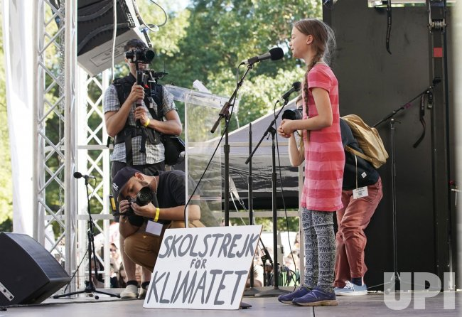 Activist Greta Thunberg Global Climate Strike March in New ...