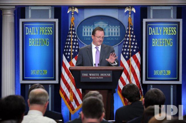 Press Secretary Gibbs briefs media at White House