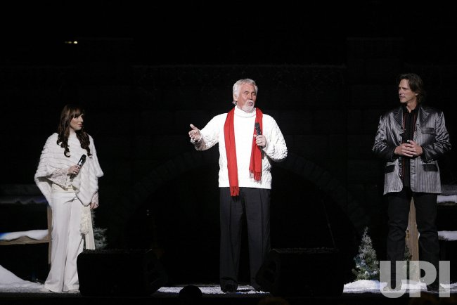 KENNY ROGERS AND FRIENDS IN CONCERT