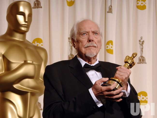 ROBERT ALTMAN DIES AT 81